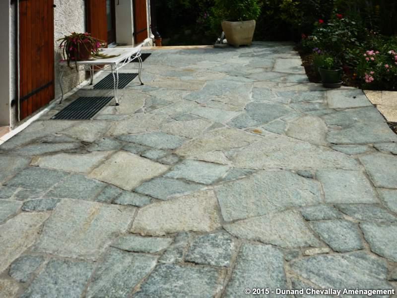 dalles pierres naturelles am nagements haute savoie. Black Bedroom Furniture Sets. Home Design Ideas